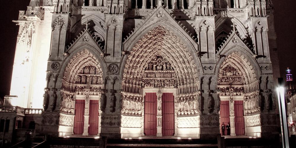cathédrale nuit