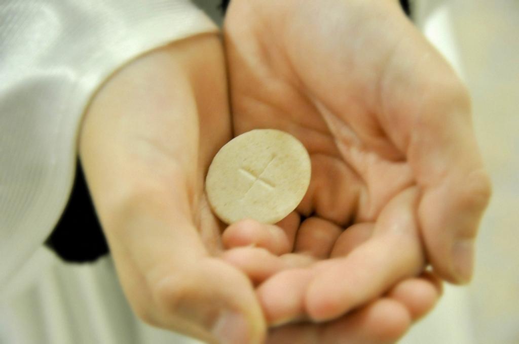 communion-04-1024x680
