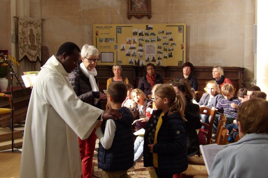 https://www.amiens.catholique.fr/wp-content/uploads/sites/9/2018/10/IMGP0872.jpg
