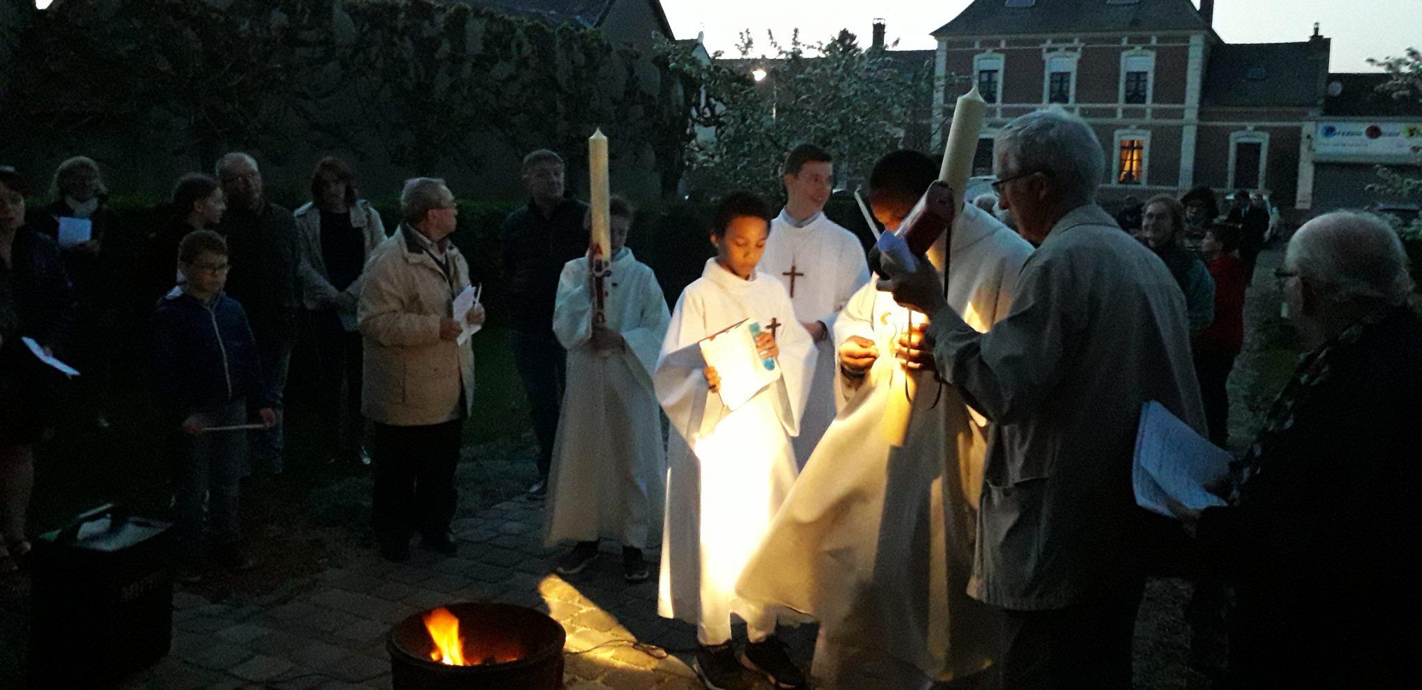 https://www.amiens.catholique.fr/wp-content/uploads/sites/9/2019/04/20190420_211802.jpg